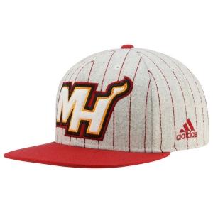 Miami Heat nba adidas snapback спортивная кепка с прямым козырьком полосатая