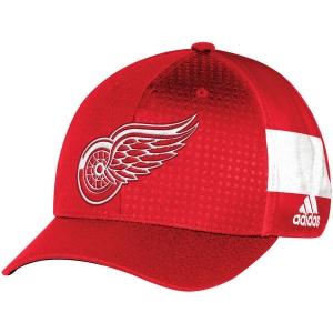 Detroit Red Wings nhl adidas flex-fit draft хоккейная бейсболка красная