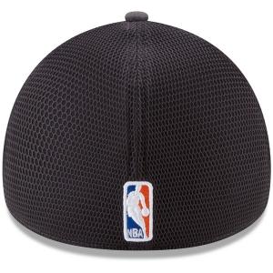 New York Knicks nba new era flex-fit on-court спортивная бейсболка серая