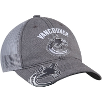Vancouver Canucks nhl adidas travel training хоккейная бейсболка с сеткой