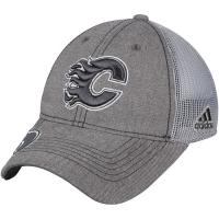Calgary Flames nhl adidas travel хоккейная бейсболка с сеткой серая