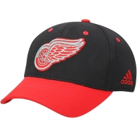 Detroit Red Wings nhl adidas flex-fit хоккейная бейсболка красно-черная