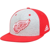 Detroit Red Wings nhl adidas snapback contrast хоккейная кепка красная