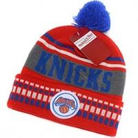 New York Knicks nba mitchell & ness шапка с помпоном красная