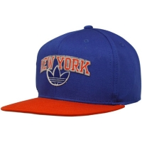 New York Knicks nba adidas originals snapback кепка синяя