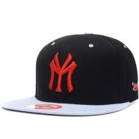 YMCMB snapback кепка рэперская с прямым козырьком черно-белая