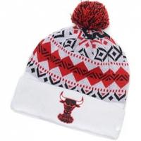 Chicago Bulls nba new era спортивная шапка с помпоном белая